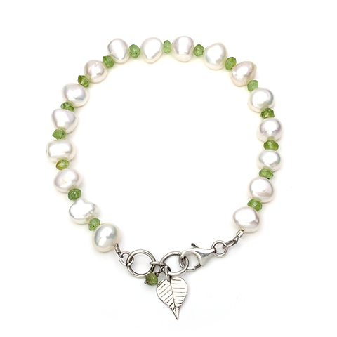 Pearl and Peridot Bracelet with Silver Bodhi Leaf