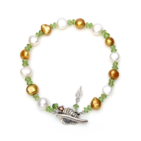Golden and White Pearls Bracelet with Peridots and Silver Bodhi Leaves