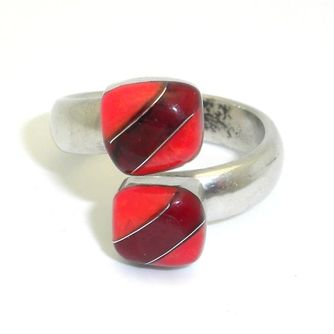 Alpaca Silver Ring with Inlaid Coral