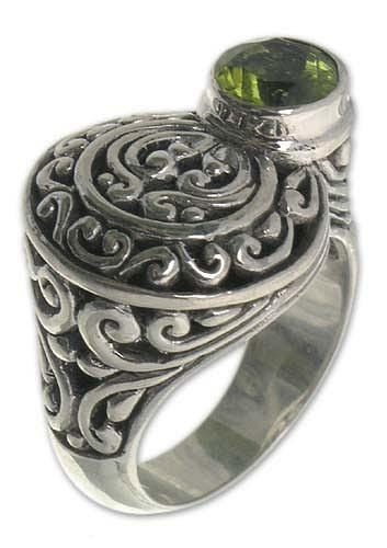 Men's Silver Ring with Peridot - Evergreen